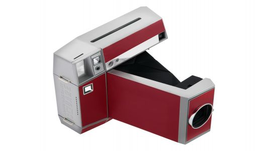 Lomography launches Lomo'Instanst Square, a new take on the instant camera
