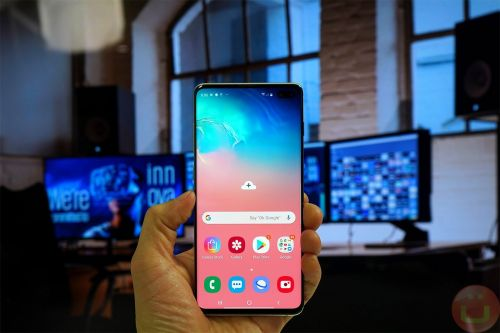 Samsung's Latest Galaxy S10 Update Is Crippling Their Phones