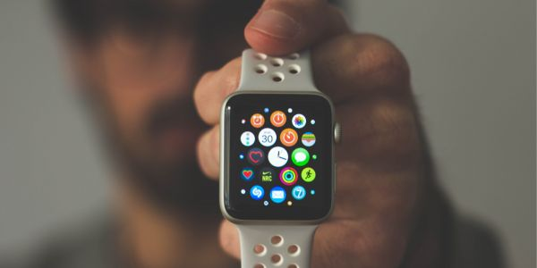 Comment: Is Apple Watch with LTE becoming the perfect cell phone for kids?