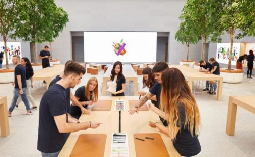 Survey Finds Purchase Intent For iPhones Are At A 5-Year Low