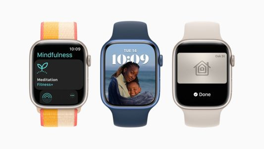 Apple offering $100 rebates on cellular Apple Watch Series 7 purchases