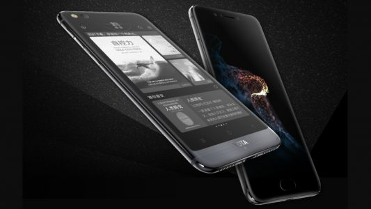 Dual-screen YotaPhone 3 is official and it's as odd as ever