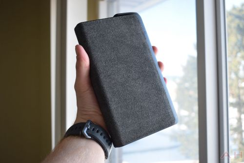 Mophie powerstation AC Review: The Most Universal Portable Battery Pack