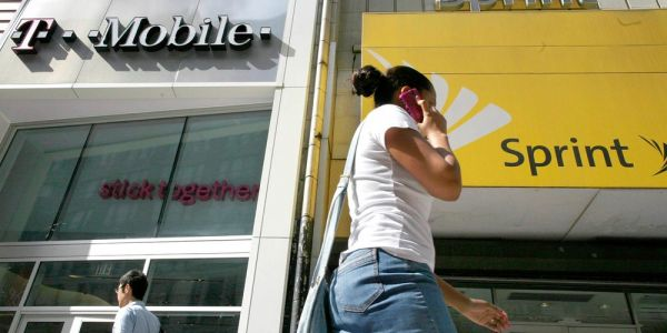 FCC chairman gives green light to T-Mobile and Sprint merger, but DOJ anti-trust concerns remain