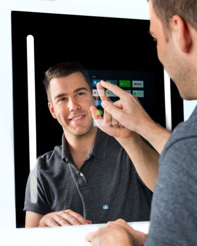 New Capstone Mirror Has Google Assistant Smarts But Doesn't Brag - CES 2019