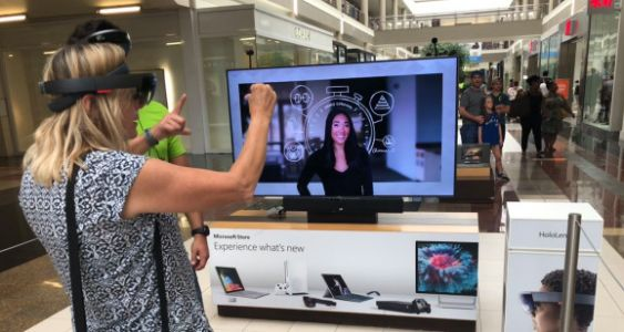 Microsoft's HoloLens mall demos bring early AR glasses to the masses