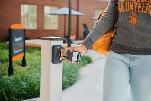 Students at these 12 colleges can now add their ID to Apple Wallet