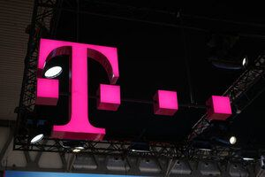 "T-Mobile's new Device Lab puts ""Tappy"" back in the news"