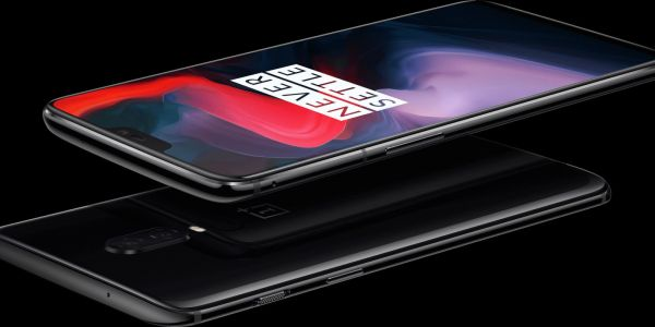 Download the official OnePlus 6 wallpapers here