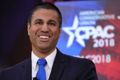 "NRA gives Ajit Pai ""courage award"" and gun for ""saving the Internet"""