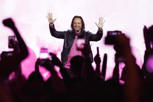 T-Mobile's Legere named best U.S. wireless CEO, fourth best overall