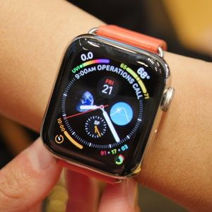 Apple Watch Series 4 hands-on: Small changes add up