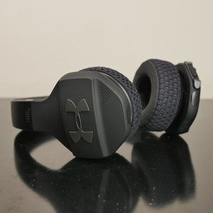 UA Sport Wireless Train by JBL hands-on: sporty headphones with cool amplification