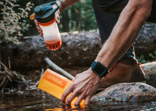 GEOPRESS water purifier purifies 24oz of water in just 8 seconds