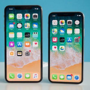 Analyst expects iPhone sales to drop next year, predicts no big redesign