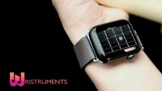 Learn to play the guitar with Wristruments Apple Watch app