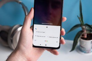 Google Assistant brings back handy parking location functionality