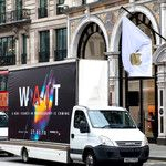 Huawei trolls Samsung and Apple with P20 ad trucks