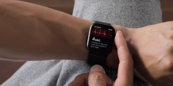 Apple Watch ECG launch in Canada unclear as Health Canada says it hasn't received an application from Apple
