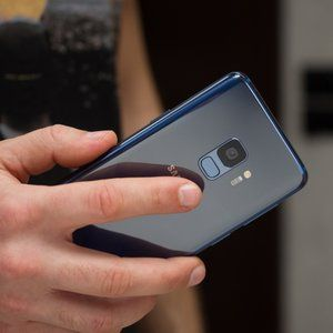 Samsung Galaxy S9 goes 50 percent off list to $350 at Cricket Wireless