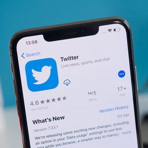 Twitter starts making serious cash, investors are pleased with Q3 results
