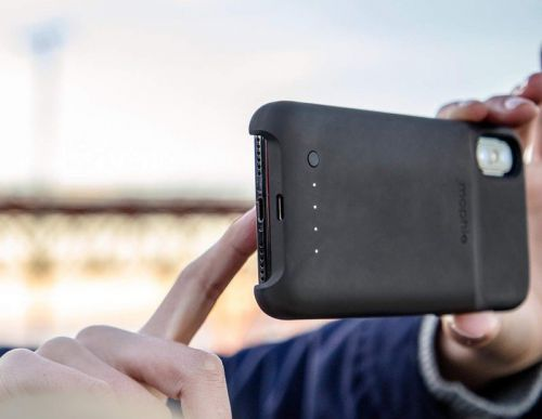 Can you use USB-C to charge the Mophie Juice Pack Access?