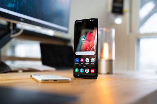 The Galaxy Note 8 is no longer receiving updates, here are some of the best upgrade options