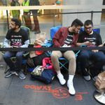 Only 30 people line up for iPhone 8 at the Sydney Apple Store