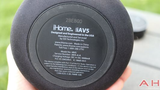 IHome iAV5 Review - Making Your Echo Dot Portable & Louder
