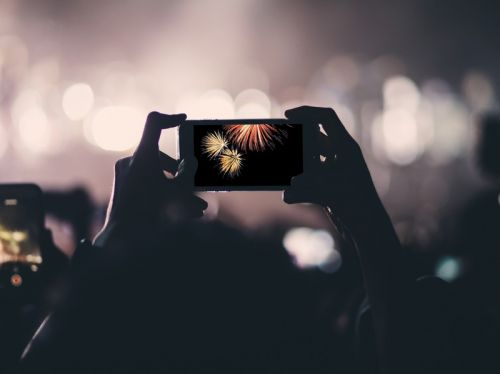 Ring in the new year with a little help from your iPhone