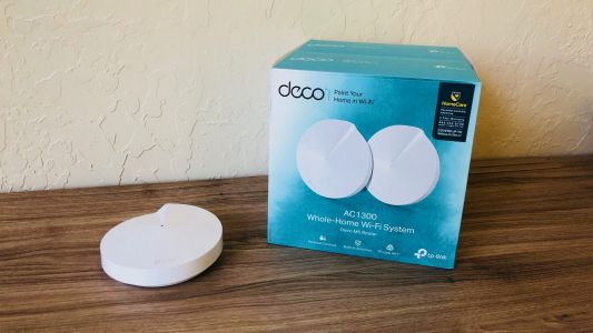 Review: TP-Link's slim deco offers mesh Wi-Fi at AirPort price