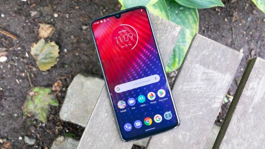 This incredible Moto Z4 deal will only cost you $10 a month