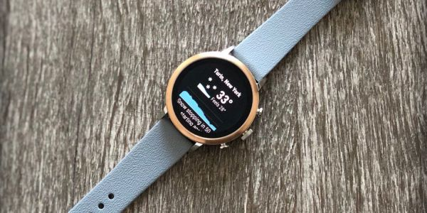 Dark Sky for Android rolling out Wear OS app w/ watch face complications