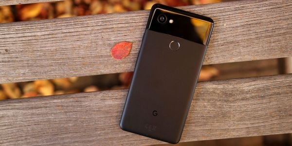 Pixel 2 XL proves less bendable than Pixel 2 in durability, torture test