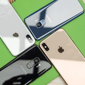 All iPhone and Galaxy BOGO-type deals disappear on US carriers, analysts have an idea why
