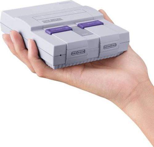 """Toys """"R"""" Us Will Have The SNES Classic At Launch"""