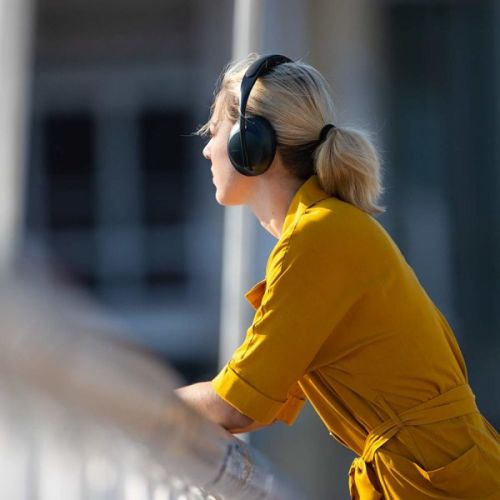 The Bose Headphones 700 Just Got Its First Price Drop, Now $349