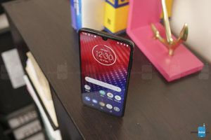 Verizon Moto Z4 first update is all about 5G