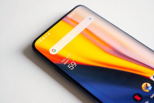 The OnePlus 7 Pro's gorgeous display is its best and worst feature