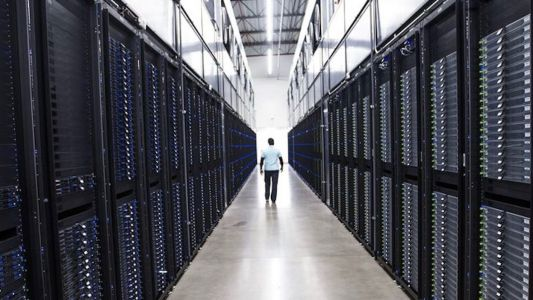Tour Apple's global data command center at its 1.3 million square foot facility in Mesa, AZ