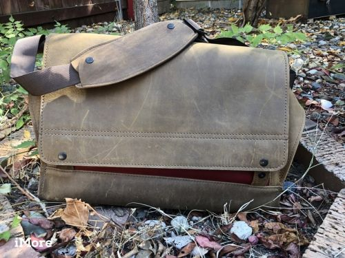 Rough Rider Messenger Bag review: Leather pleasure that may weigh you down