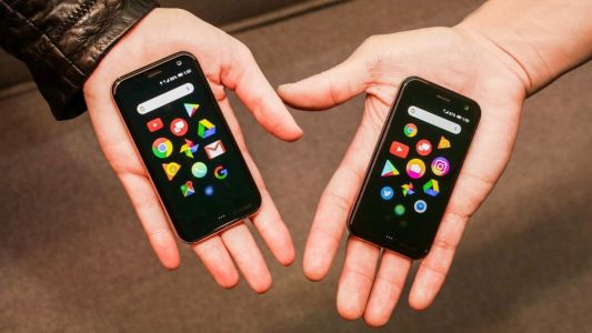 Smartphone pioneer Palm's latest product is basically an over-sized Apple Watch