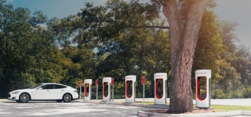 Tesla is bringing its supercharging network to city centers
