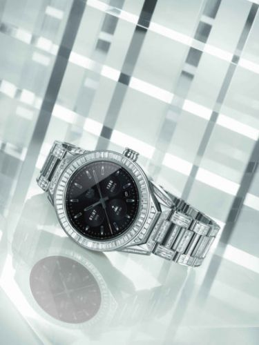 TAG Heuer Launches Connected Modular 45 Full Diamond
