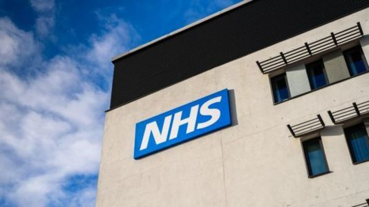 NHS ordered to stop using fax machines