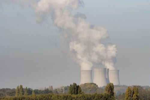 France to retire 14 nuclear reactors while Japan restarts 5 of its reactors