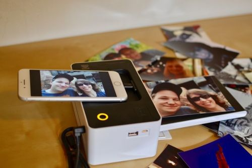 Kodak shows offs new instant printers and cameras at CES!