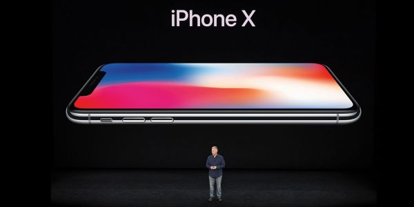 Apple shares highlight photos from yesterday's iPhone X launch