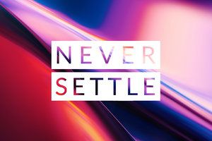 The OnePlus 7 comes with a collection of mesmerizing wallpapers, and you can have them all!