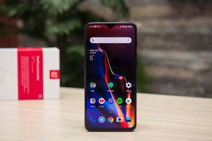 OnePlus 6T stock starts running out globally as OnePlus 7 series nears